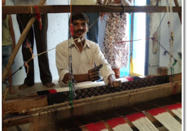 Craftsmen of Natural Color Ikats in India