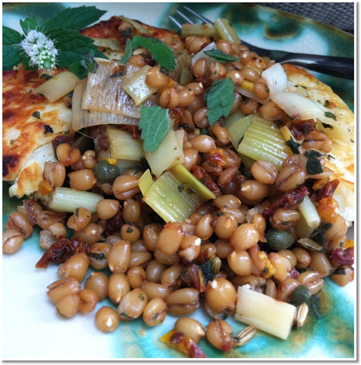 Grilled haloumi salad with wheat berries and leeks.