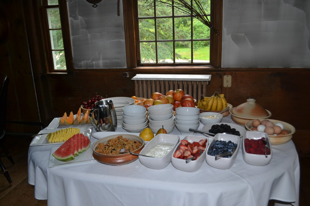 breakfast old inn new marlborough