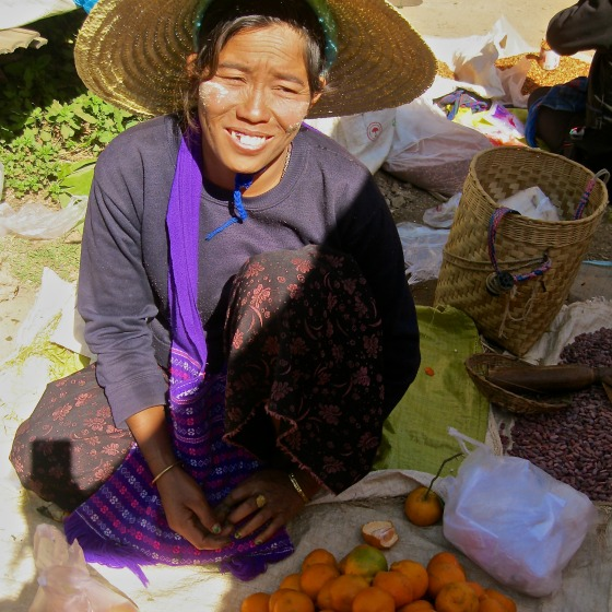 smiles at inle lake
