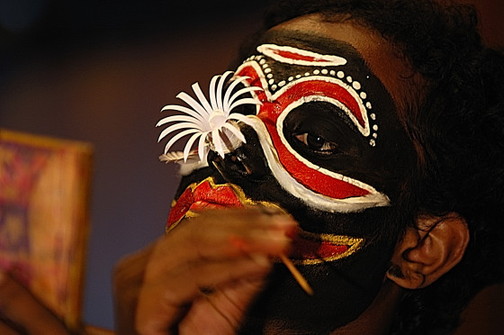 kathakali makeup application