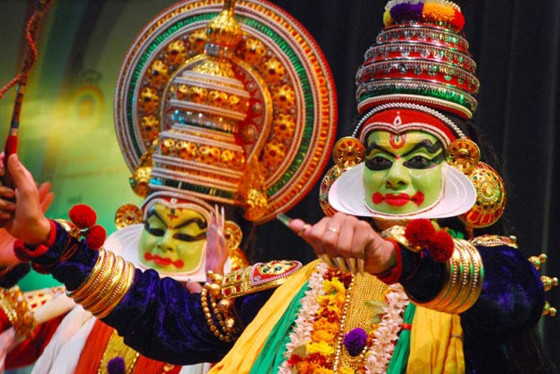 Kerala kathakali dance performance