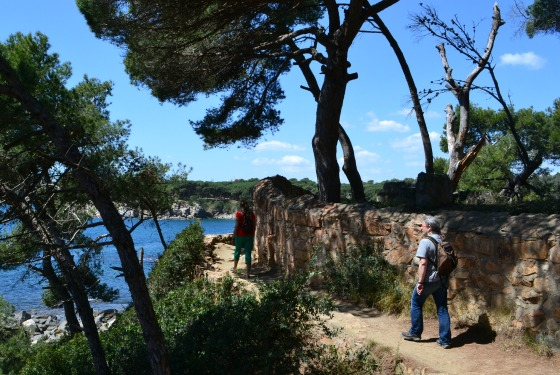 walking a part of the 200 km cami de ronda in Costa Brava