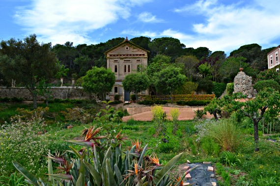 The garden at Sant Pere del Bosc