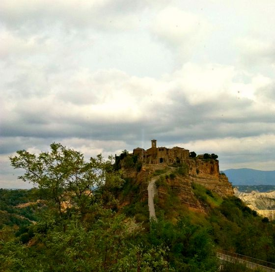 civita-di-bagnoregio-italy-saving-hilltop-hideaways