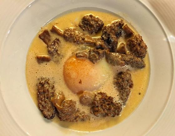 spain-catalunya-madremanya-morels-egg