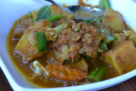 Myanmar-vegetable curry