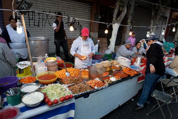 640px-street_food_vendors_mexico_img_5439