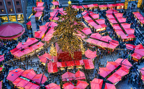 germany_cologne_christmas-market_weihnachtsmarket_alison-abbott_greenwithrenvy-com