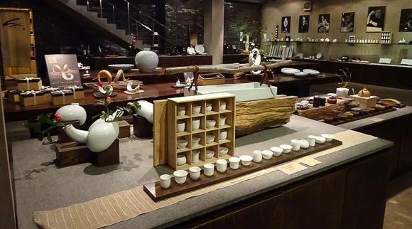 Ceramics at Spin Shanghai shopping
