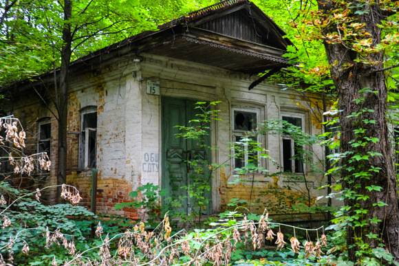 Abandoned house in Chernobyl