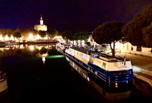 night hotel barge
