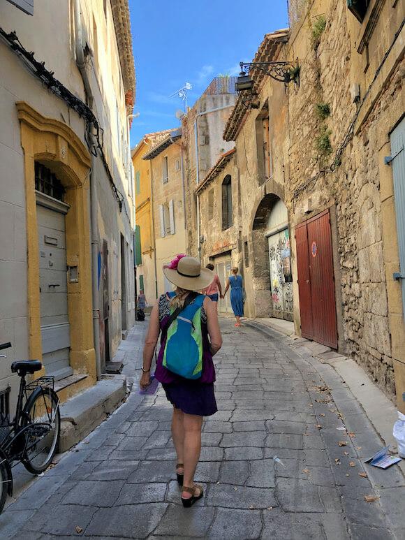 walking in arles streets
