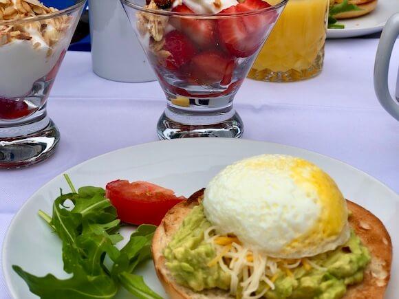 breakfast at Nobnocket Inn