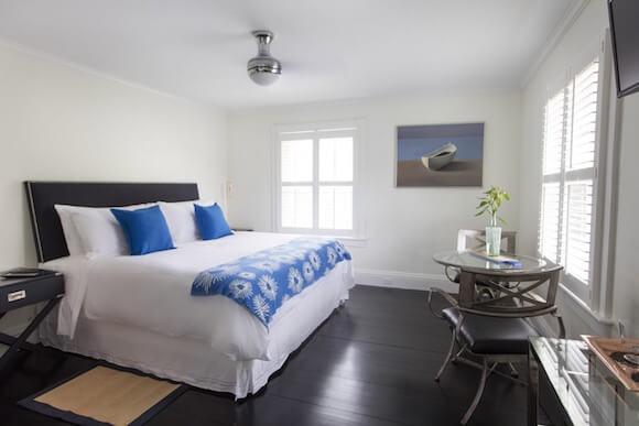 room at the Nobnocket Inn